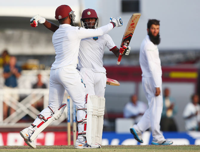 Rediff Sports - Cricket, Indian hockey, Tennis, Football, Chess, Golf - Windies stun England to win 3rd Test in three days, level series