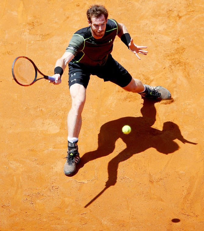 Andy Murray in action against Jeremy Chardy