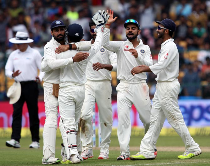 Rediff Sports - Cricket, Indian hockey, Tennis, Football, Chess, Golf - Stats: Interesting numbers from Day 1 of the 2nd Test in Bengaluru