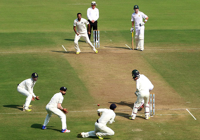 Rediff Cricket - Indian cricket - PHOTOS: India vs South Africa, 3rd Test, Day Two