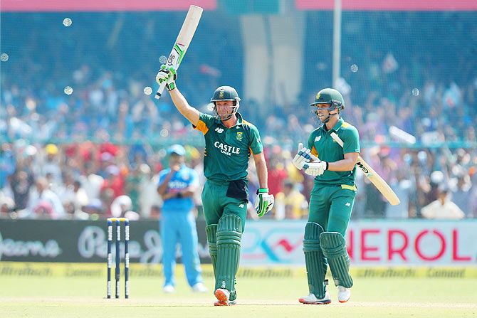 Rediff Sports - Cricket, Indian hockey, Tennis, Football, Chess, Golf - De Villiers's 21 ODI tons have come at a strike-rate of more than 100!