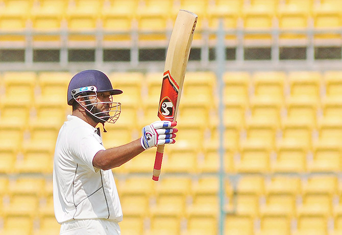 Rediff Sports - Cricket, Indian hockey, Tennis, Football, Chess, Golf - Jaffer's century helps Vidarbha dominate Day 1 of Irani Cup