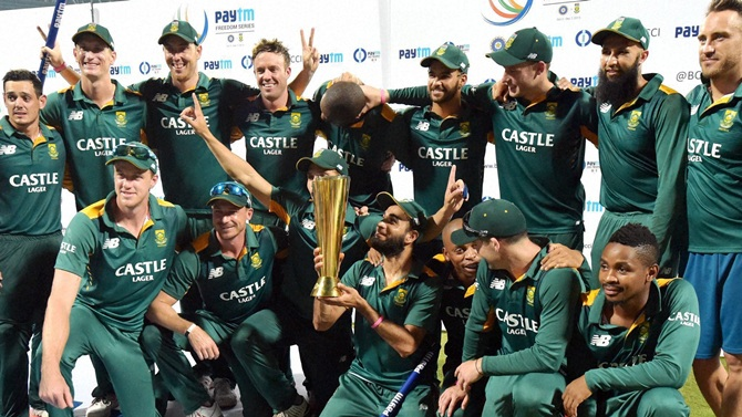 Indian Cricket Team Leaves For South Africa: SA Thrash India By 214 Runs; Clinch ODI Series