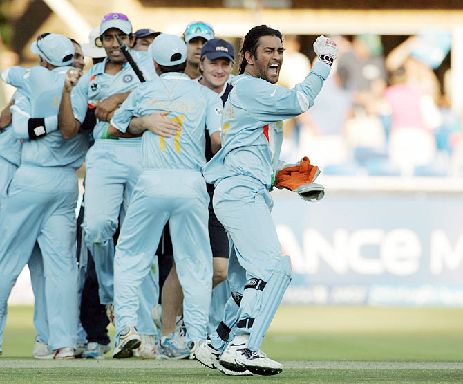 : Team India captain Mahendra Singh Dhoni and his teammates celebrate after beating Pakistan in the ICC World T20 final at the Wanderers Cricket Stadium in Johannesburg on September 24, 2007
