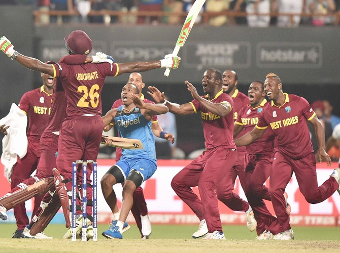 Emotional Sammy Slams West Indies Cricket Board Rediff Cricket