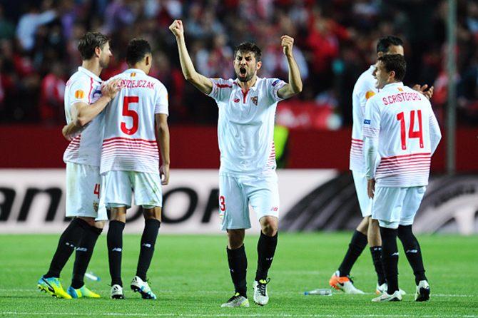 Rediff Sports - Cricket, Indian hockey, Tennis, Football, Chess, Golf - Europa League: Sevilla to meet Shakhtar; Reds face Villareal in semis