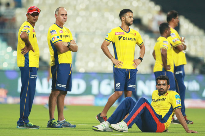 Rediff Cricket - Indian cricket - In-form Daredevils pose huge challenge to wayward Mumbai Indians