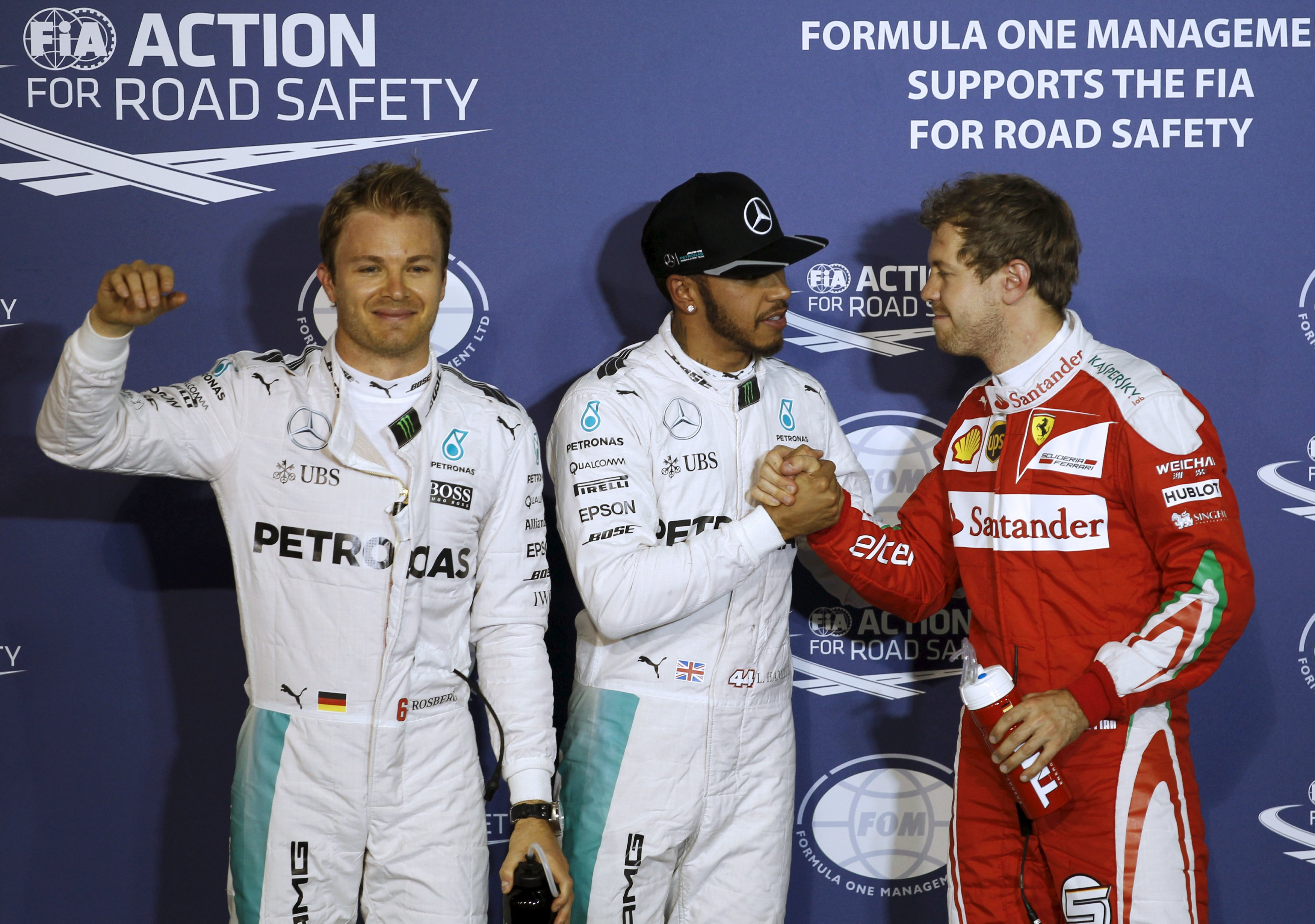 Hamilton beats Rosberg to Bahrain pole position