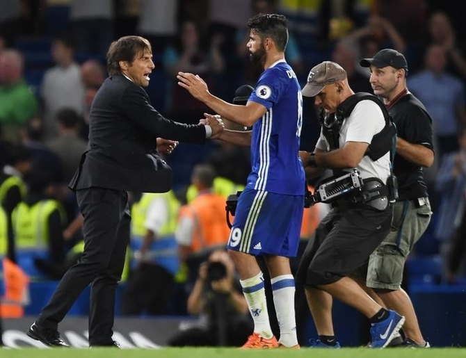 Chelsea manager Antonio Conte and Diego Costa