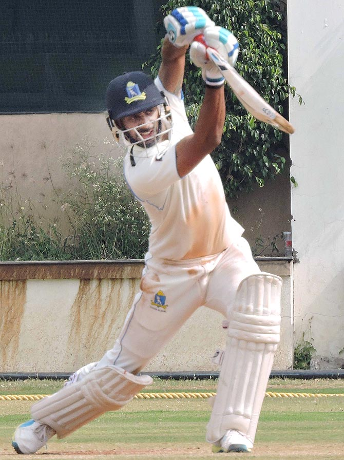 Rediff Sports - Cricket, Indian hockey, Tennis, Football, Chess, Golf - Ranji round up: Captains Tiwary, Raina lead from the front