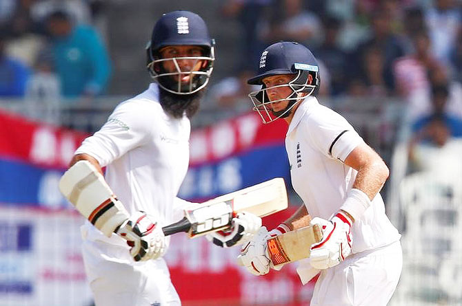 Rediff Cricket - Indian cricket - Root unhappy with his dismissal, expects Moeen to go on