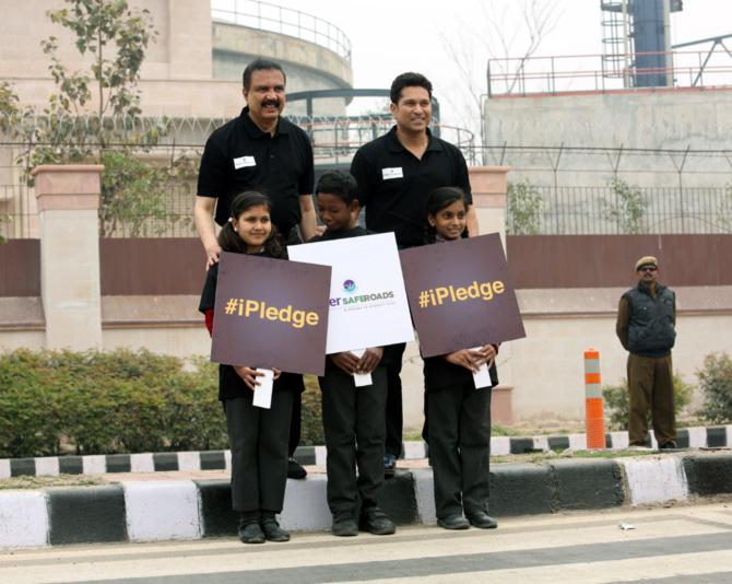 Tendulkar bats for safer Indian roads