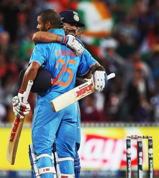 Rediff Sports - Cricket, Indian hockey, Tennis, Football, Chess, Golf - Number crunching: India 277-1... and last 9 wkts gone for 46 runs!