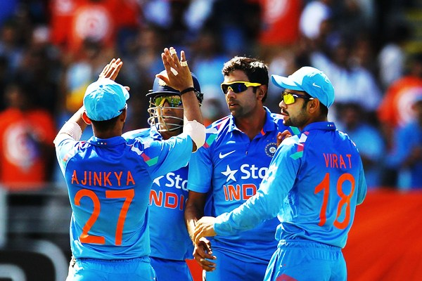 Rediff Cricket - Indian cricket - For Ashwin, Mahi is still boss. Here's why...