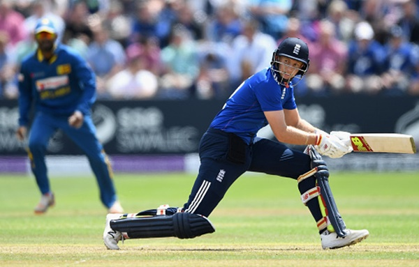 Joe Root of England bats
