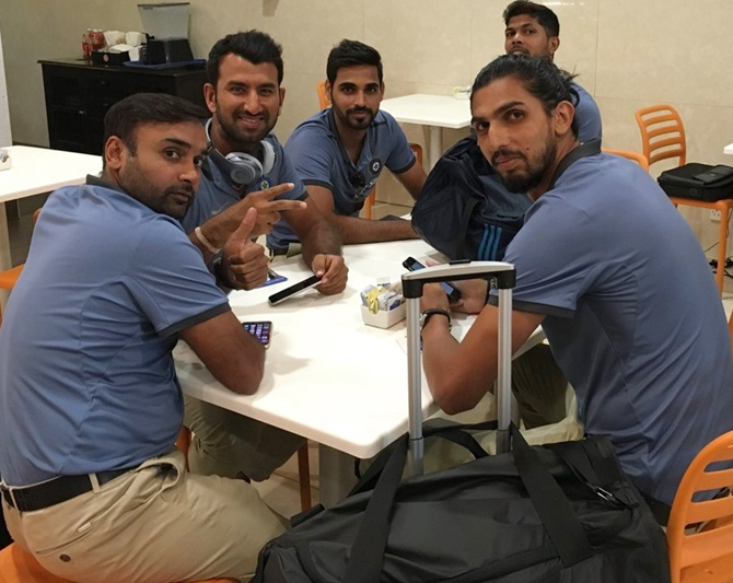 Rediff Sports - Cricket, Indian hockey, Tennis, Football, Chess, Golf - PHOTOS: Upbeat Team India in Kingston for second Test