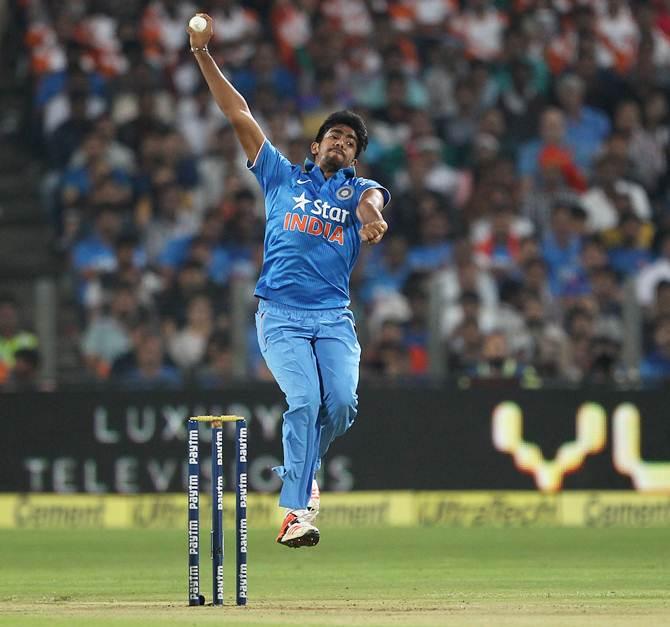 Rediff Sports - Cricket, Indian hockey, Tennis, Football, Chess, Golf - India-Zimbabwe MVPI: Bumrah, Rahul reign in one-sided series