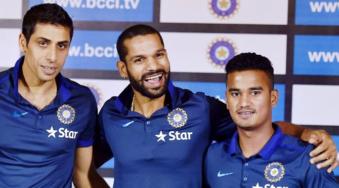 Shikhar Dhawan, Ashish Nehra and Pawan Negi interact with the media