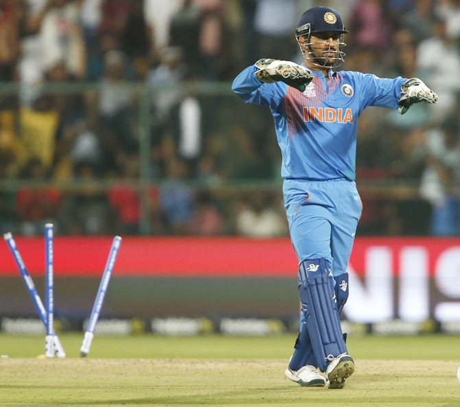 Rediff Cricket - Indian cricket - Numbers Game: Another milestone for Dhoni, the finisher