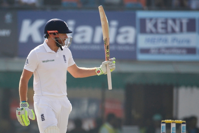 Rediff Cricket - Indian cricket - Mohali Test: Bairstow's defiance takes sloppy England to 268 for 8
