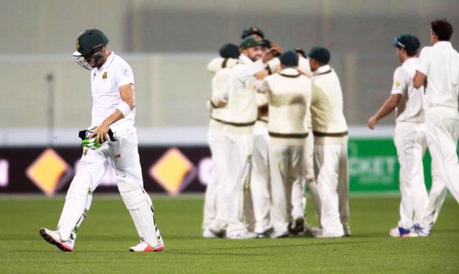Rediff Cricket - Indian cricket - Day night Test, PHOTOS: Australia take control in Adelaide