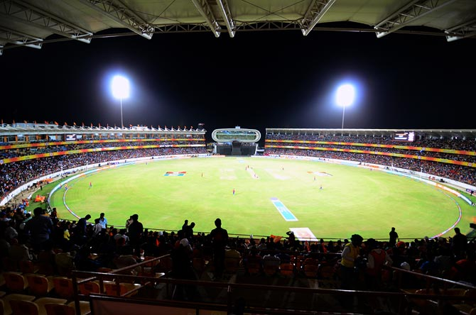 Rediff Sports - Cricket, Indian hockey, Tennis, Football, Chess, Golf - Rajkot or Hyderabad may host India's first ever day-night Test