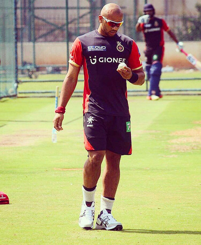 England quickie Tymal Mills during an RCB training session