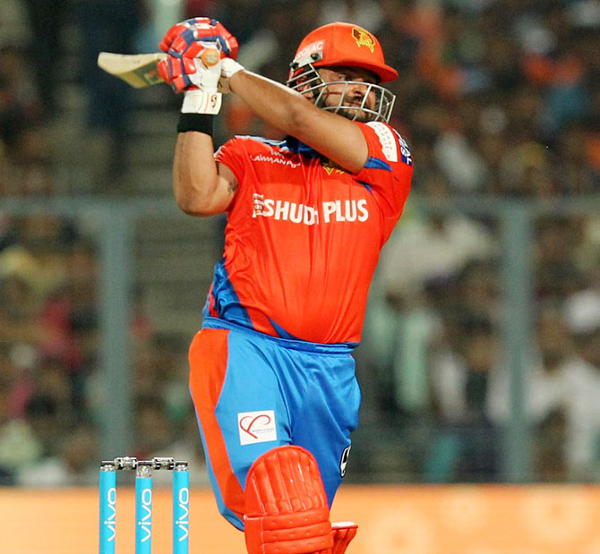 Rediff Cricket - Indian cricket - IPL PHOTOS: Raina leads Lions to impressive win over Knight Riders