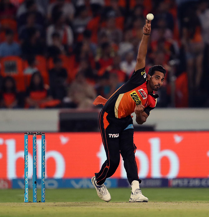 Rediff Cricket - Indian cricket - Bhuvneshwar one of the best pacers in IPL history: Muralitharan