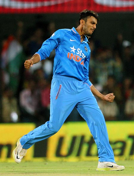 Rediff Cricket - Indian cricket - Axar to replace Ravindra Jadeja for 3rd Test vs SL