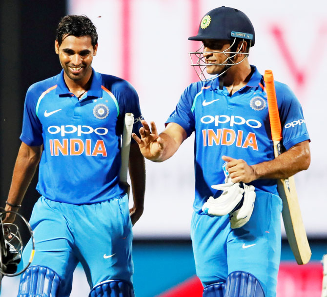 Rediff Sports - Cricket, Indian hockey, Tennis, Football, Chess, Golf - Dhoni told me to bat like I do in Tests: Bhuvneshwar