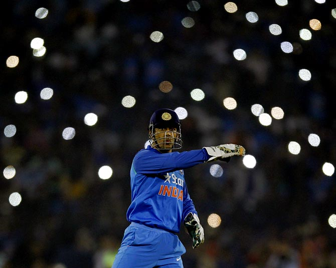 Rediff Sports - Cricket, Indian hockey, Tennis, Football, Chess, Golf - M S Dhoni: The King of ODI Cricket