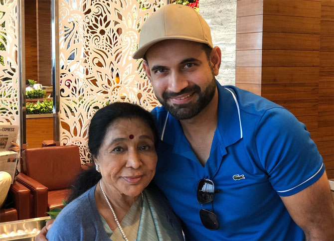 Asha Bhosle and Irfan Pathan greet each other warmly