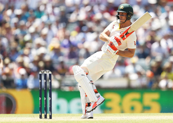 Mitch Marsh bats en route his century