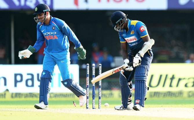 Angelo Mathews is bowled out by Yuzvendra Chahal