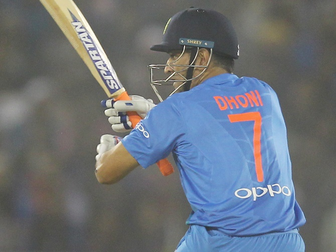Rediff Cricket - Indian cricket - These numbers don't lie! Dhoni excellent at No 4