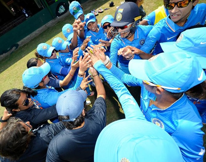 Rediff Cricket - Indian cricket - Indian women's cricket team coach sacked!