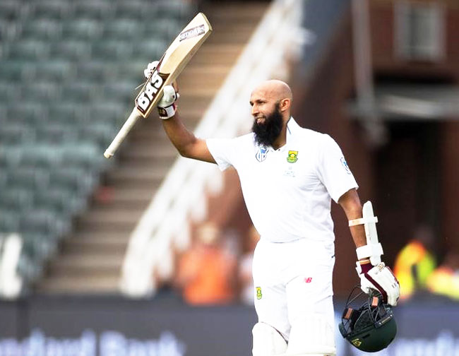 South Africa's Hashim Amla celebrates scoring a century against Sri Lanka during the 3rd Test against Sri Lanka at the Wanderers Stadium in Johannesburg on Thursday