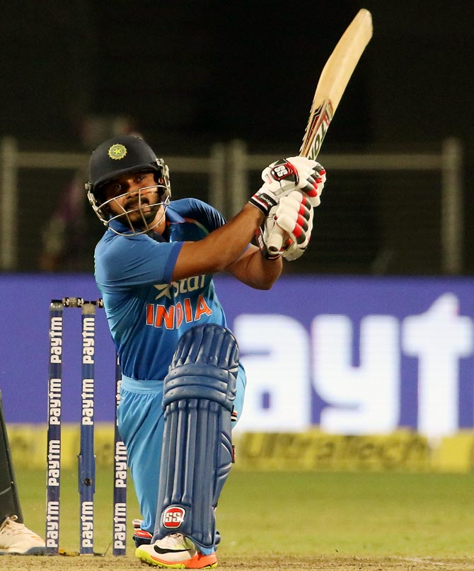Rediff Cricket - Indian cricket - Kedar Jadhav is the Most Valuable Player after ODI series