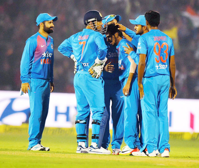 India players celebrate the wicket of Sam Billings during the 1st T20 on Thursday