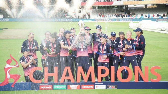 Rediff Sports - Cricket, Indian hockey, Tennis, Football, Chess, Golf - PIX: England edge India to win Women's World Cup in thrilling finish