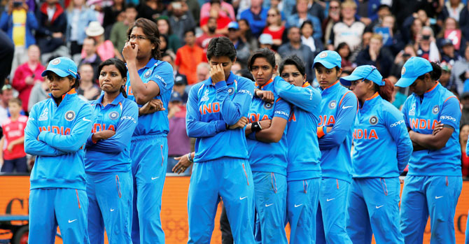 'Tenacious' India women's team get all round applause ...