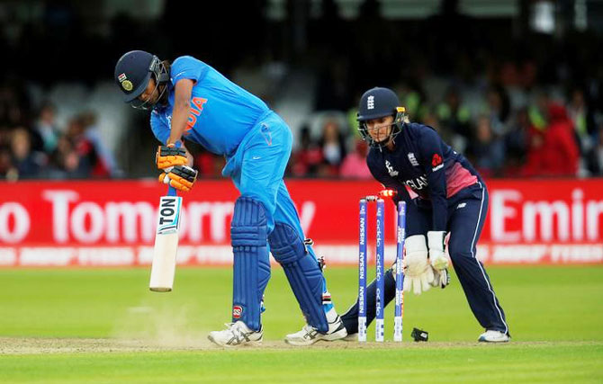 England's Anya Shrubsole bowls out India's Jhulan Goswami
