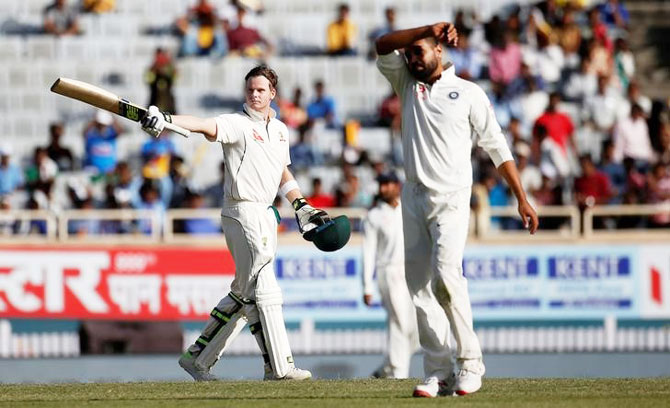 Rediff Cricket - Indian cricket - In backdrop of DRS row, Smith did well to bat the way he did