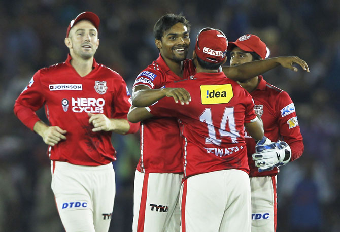 Rediff Sports - Cricket, Indian hockey, Tennis, Football, Chess, Golf - IPL PIX: Kings XI Punjab keep hopes alive after 14-run win over KKR