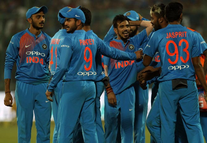 Rediff Sports - Cricket, Indian hockey, Tennis, Football, Chess, Golf - Numbers game: India finally break Kiwi jinx!