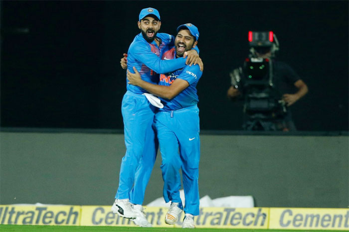 Rediff Cricket - Indian cricket - PHOTOS: Bowlers star as India down Kiwis in thriller to clinch series