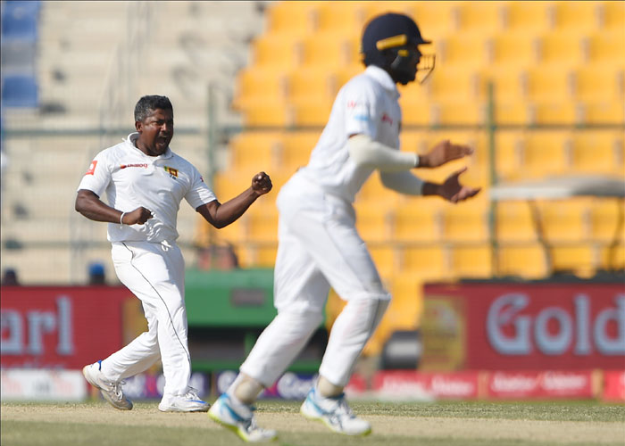 Rediff Cricket - Indian cricket - Cricket Buzz: Lanka skipper Chandimal lauds 'wily old fox' Herath