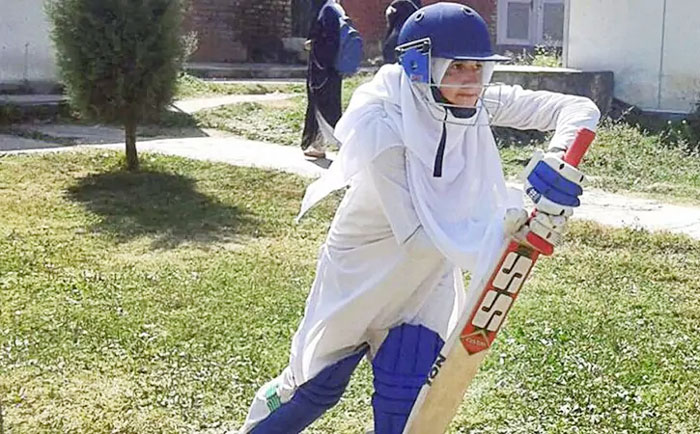 Rediff Cricket - Indian cricket - Kashmir's women cricketers pitch for equality -- in burqas and hijabs
