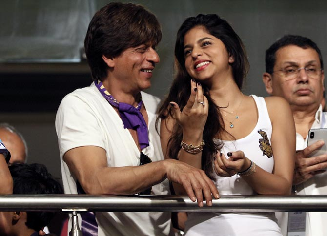 Rediff Cricket - Indian cricket - PHOTOS: SRK, daughter Suhana cheer for KKR at Eden